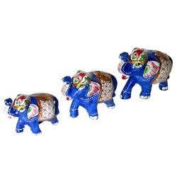 Wooden Body Elephant Set