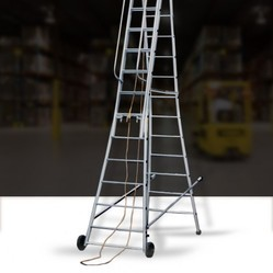 Self Supporting Extension Ladder