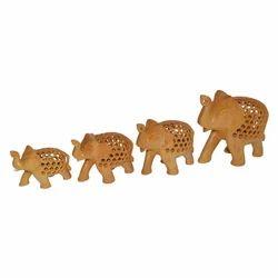 Wooden Elephant Set