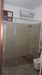 Frameless Bath Cabins