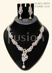 Stylish American Diamond Necklace Set