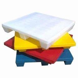 Roto Moulded Plastic Pallets