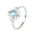 Classy Design Rainbow Moonstone 925 Silver Ring