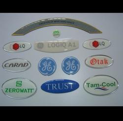 Logo Printed Label