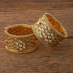 Antique Classic Broad Bangles with gold plating 18449