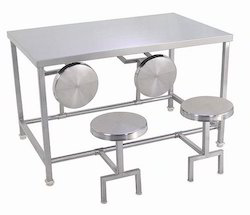 Foldable Dinning table