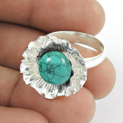 Fantastic Sky Turquoise Gemstone 925 Silver Ring
