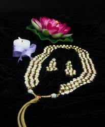Antique Designer White Stone & Pearl Necklace Set