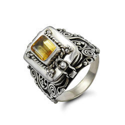 Stunning Rich Citrine Gemstone Silver Ring