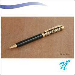 Black and Golden Design Metal Pen