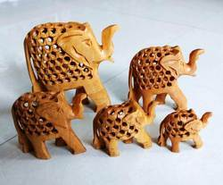 Wooden Undercut Elephant Set