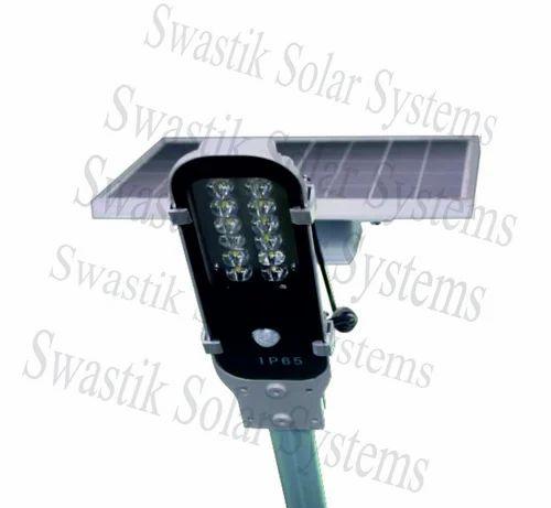 12 Watt Integrated Solar LED Street Light