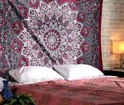 Star Print Maroon Cotton Mandala Room Tapestry