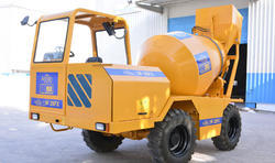 Reliable High Performance Hydraulic Self Loading Concrete Mixer