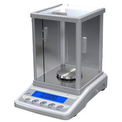 Auto Calibrated High Precision Analytical Balance