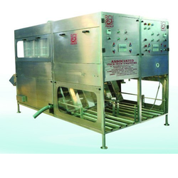 Automatic Rinsing, Filling Machine