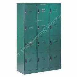 12 Doors Locker