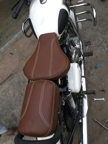 Fabulous Sahara Brown Seat Covers For Royal Enfield Classic 350 And Classic 500 Spiritservingveterans Wood Chair Design Ideas Spiritservingveteransorg