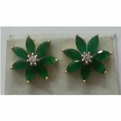 Emerald & Diamond 18k Gold Earring