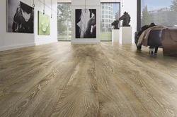 Synchronized Laminate Flooring