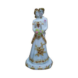 White Marble Couple Gift Statue