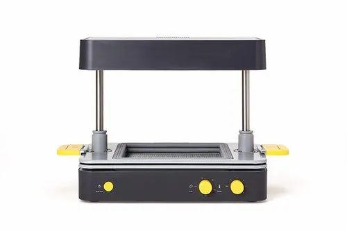 Formbox - Desktop Vacuum Forming Machine