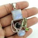 Beautiful Design 925 Sterling Silver Green Onyx Pendant