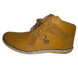 Synthetic Leather Brown Adventure Shoe, Size: 9
