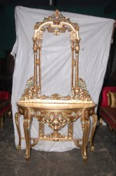 Golden Wooden Dressing Table Deco for Home