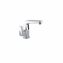 Brass Swan Pillar Water Tap