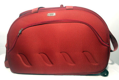 5ba192f4cd Red Plain And Printed 20 Inch Size Duffel Travelling Bag 2 Wheels ...