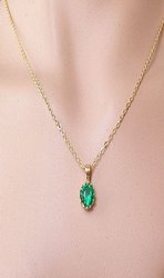 Emerald / Panna Pendant
