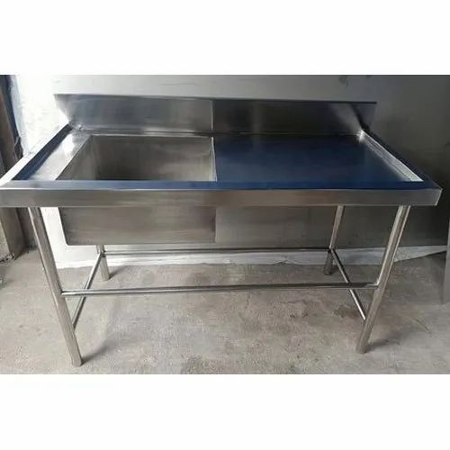 Silver Stainless Steel Single Basin Kitchen Sink For Washing Utensils Size 3 4 Feet Height Rs 15000 Piece Id 21668835897