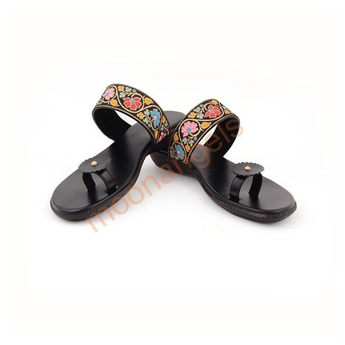 d5089bce5 Women Embroidered Footwear
