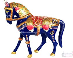 Metal Meenakari Horse Statue Enamel Work