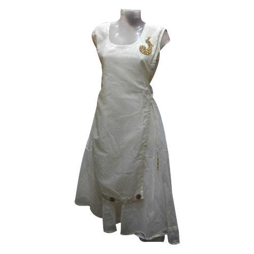 Ladies White Kurti, Size: L and XL