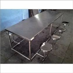 Eight Seater Dinning Table Fordable