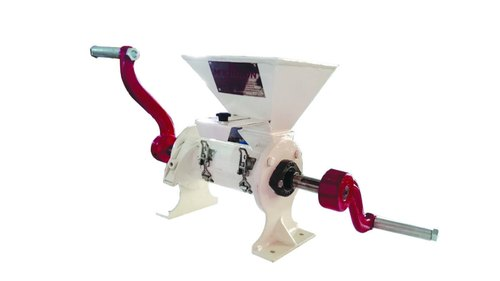 Smout Peeler Polisher ( Hand Operated)
