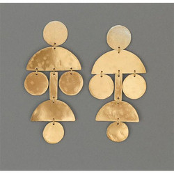 New Fashion Gold Plated Half Moon Shaped Stud Design Earring