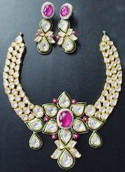 Light Pink Meenakari Kundan Necklace Set