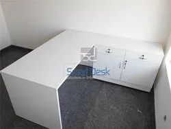 Modern Executive Table By Smart Desk