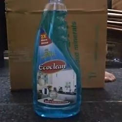 C ECOCLEAN. GLASS CLEANER 500 Ml