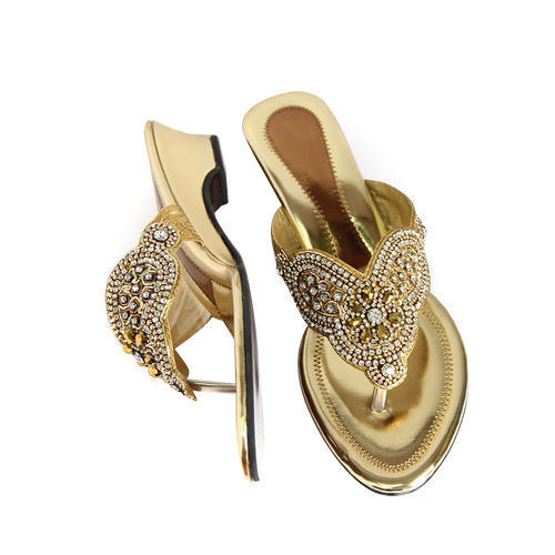 debaad120063c0 Golden Ladies Fancy Sandal