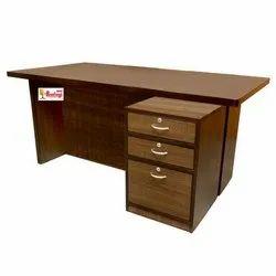 Rastogi Steel Furniture Rectangular 3 Drawer Wooden Office Table, for Corporate Office