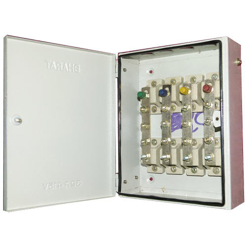 Three Phase Galvanized Iron Fuse Busbar Distribution Board, IP Rating: IP54