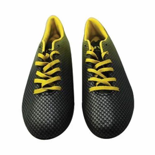 Nivia Football Shoes at Rs 449  pair  eebb75633115