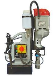 Magnetic Core Drill Machine Nw50 : Ralli Wolf, Twist Drill Capacity: 31 Mm, 1600 W