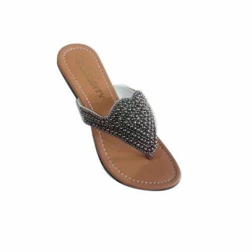Ladies Designer Flat Slippers, Size: 37