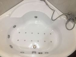Bathware India Corner Acrylic Jacuzzi Bathtub