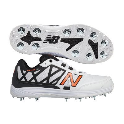 04d987424011d NEW BALANCE SPORTS SHOES Men New Balance Cricket Sports Shoes, Size: 9.0  and 10.0